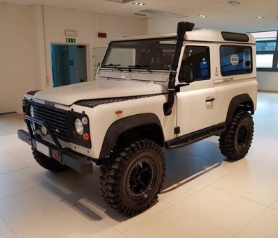 1993-Land-Rover-Defender-90-for-sale-in-Italy_6491